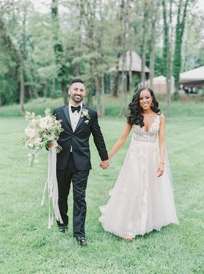Bride and Groom at Historic Shady Lane in Manchester, Pennsylvania