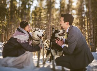With their love for the freedom of being outdoors, particularly in Colorado, Tuyen Lam (36 and a freelance floral designer) and Simon Chiu (39 and a s
