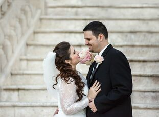 Maria Estevez (30) and Juan Penna's (36) romantic wedding had just the right amount of subtle vintage touches to complement it's pink, ivory and gold