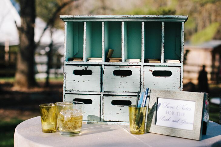 Guests were asked to leave notes to the newlyweds instead of signing a traditional guest book.