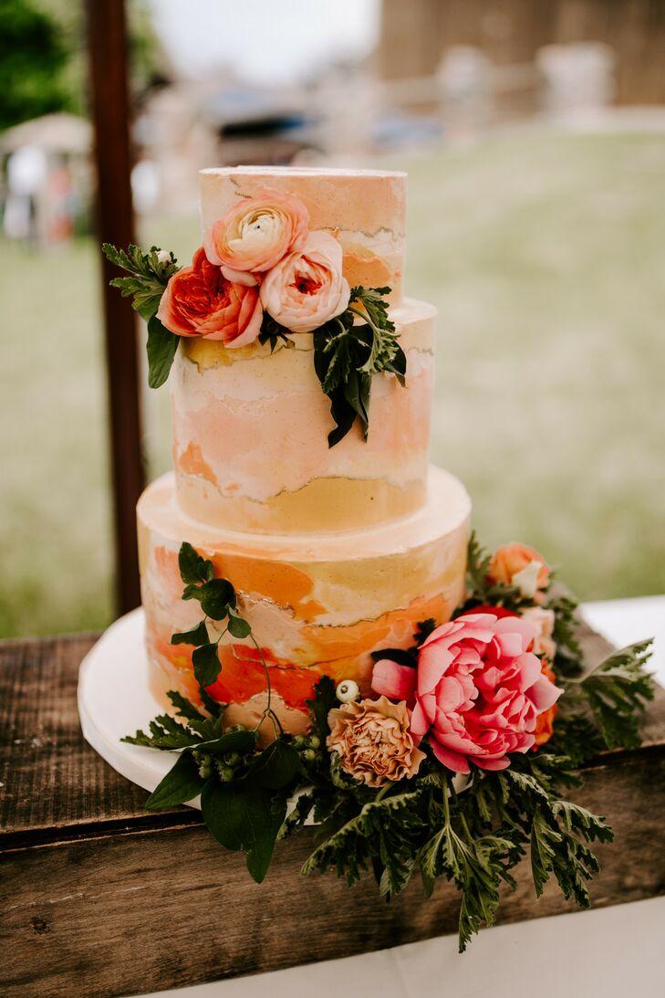 Wedding Cake at Misty Farm in Ann Arbor, Michigan