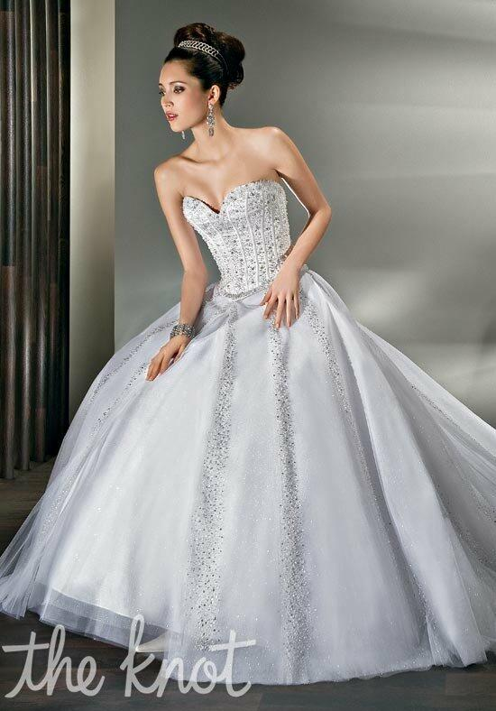 Demetrios 521 Wedding Dress photo
