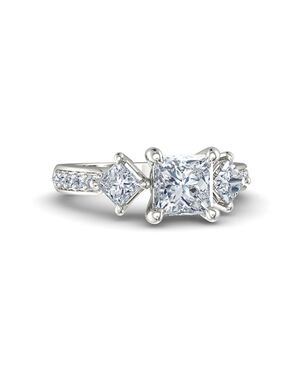 Gemvara - Customized Engagement Rings Unique Princess Cut Engagement Ring