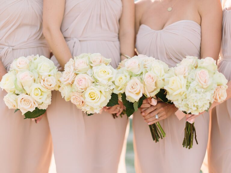 White rose bridesmaids bouquets