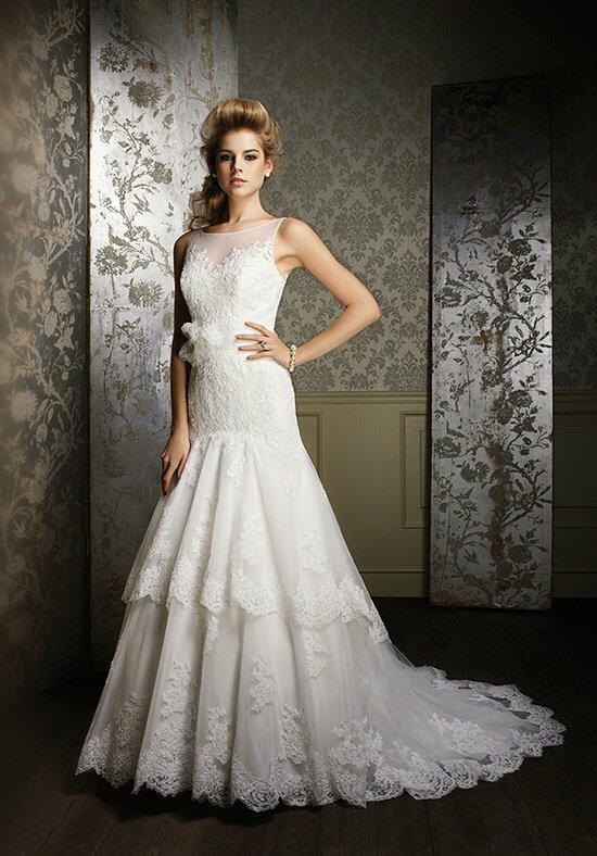 Sapphire by Alfred Angelo 885 Wedding Dress photo