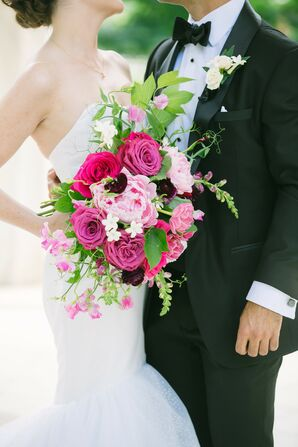 A Pink Bouquet of Roses, Peonies and Snapdragons Popped Against the Black and White Theme
