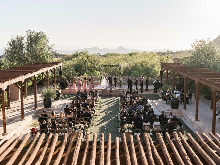 Outdoor Wedding Ceremony in Scottsdale, Arizona