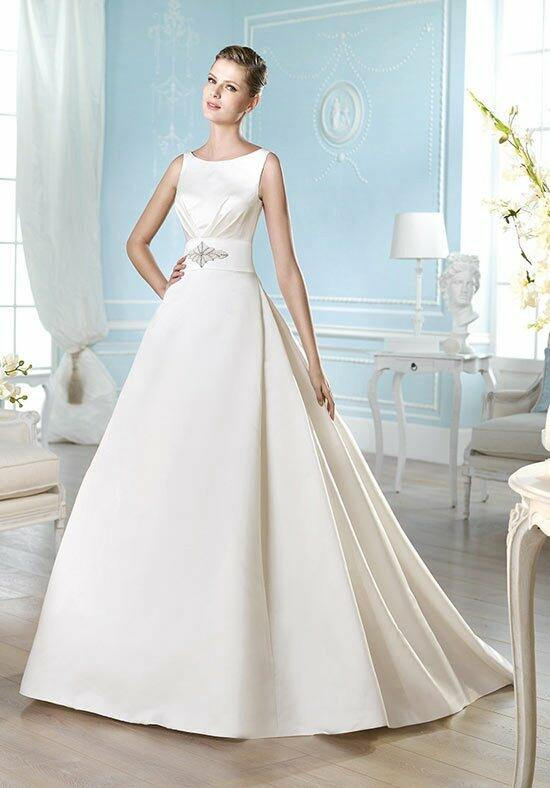 ST. PATRICK Costura Collection - Hara Wedding Dress photo
