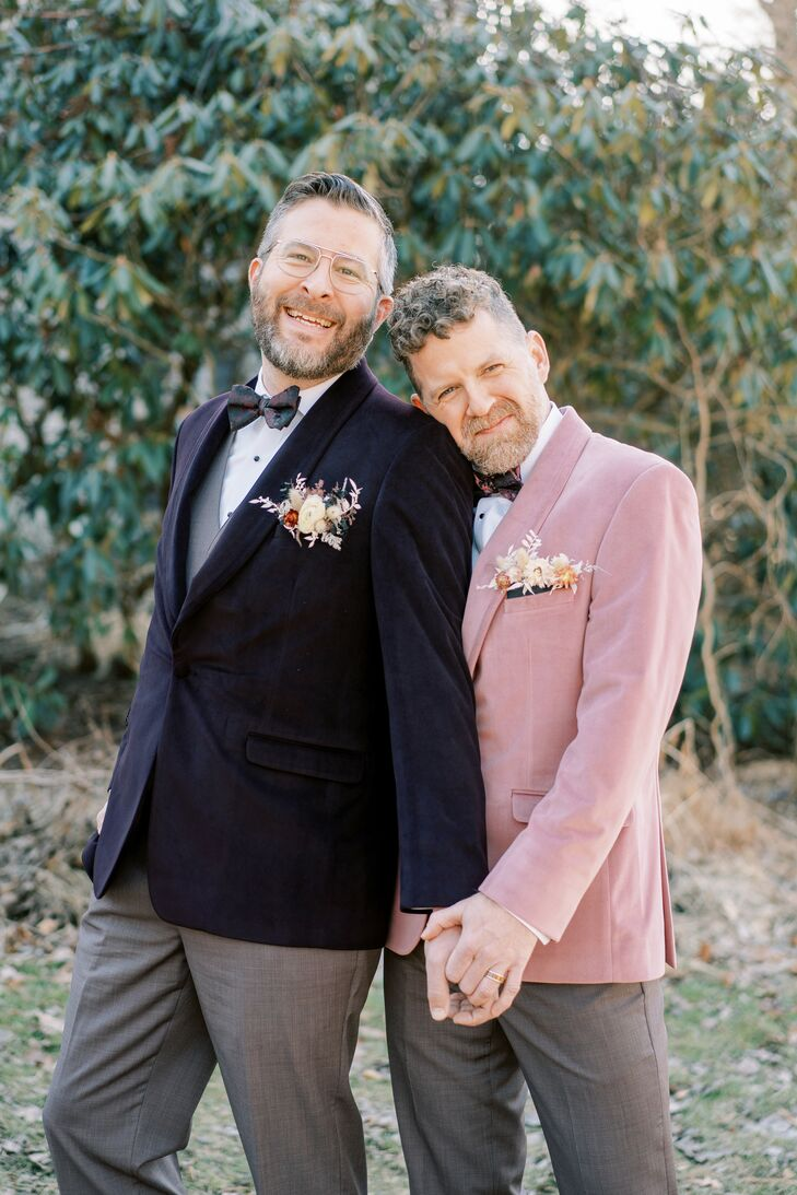 Gavin Esham (44 and works in acting and management) and Ron Pritchyk (46 and works in sales) opted for an unconventional planning style when preparing