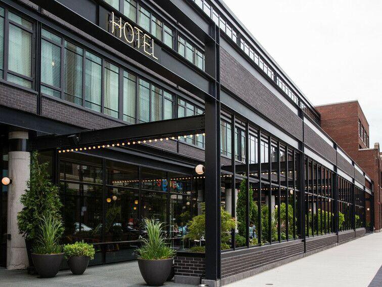 Ace Hotel wedding venue in Chicago, Illinois.