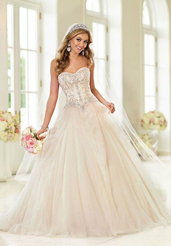 Basque Waist Wedding Dresses