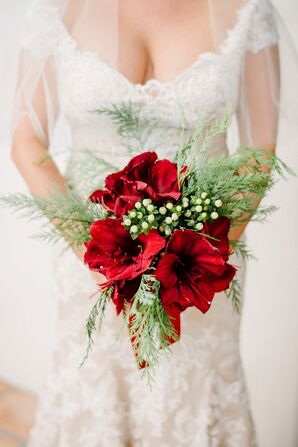 Christmas-Inspired Red Amaryllis Bouquet