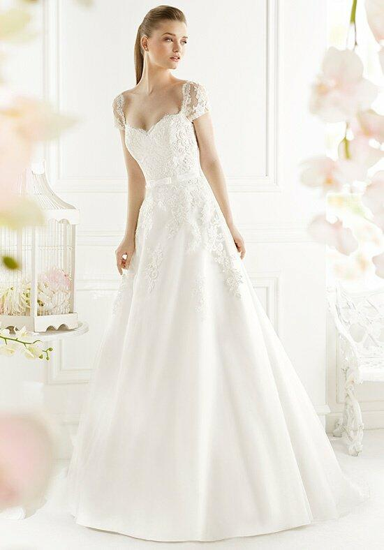 AVENUE DIAGONAL Galite Wedding Dress photo