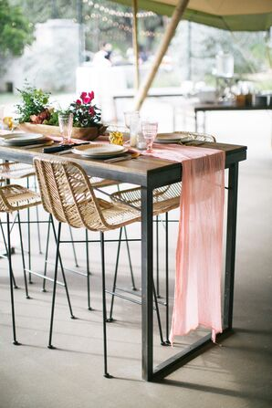 High-Top Tables with Pink Runners and Modern Chairs