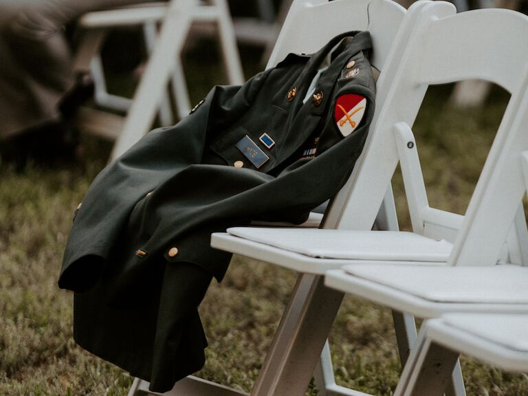 how to honor loved one at wedding lay jacket over empty seat