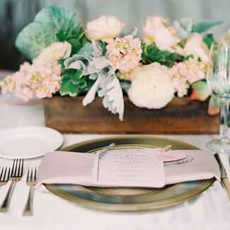 Reception centerpiece in wood box with lavender place setting