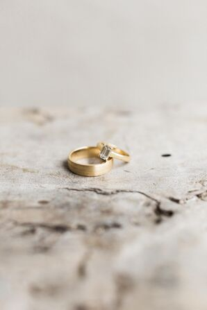 Wedding Rings With Refurbished Gold