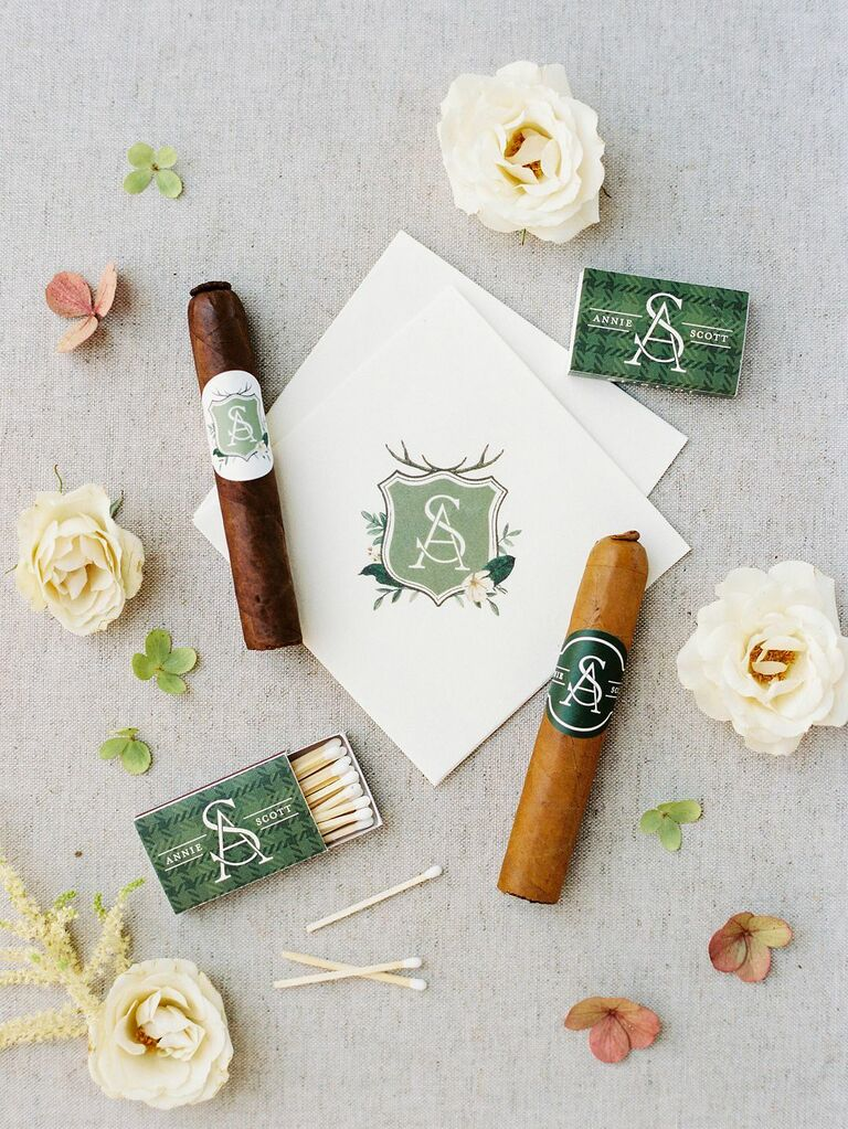 how to honor loved one at wedding cigar favors in their honor