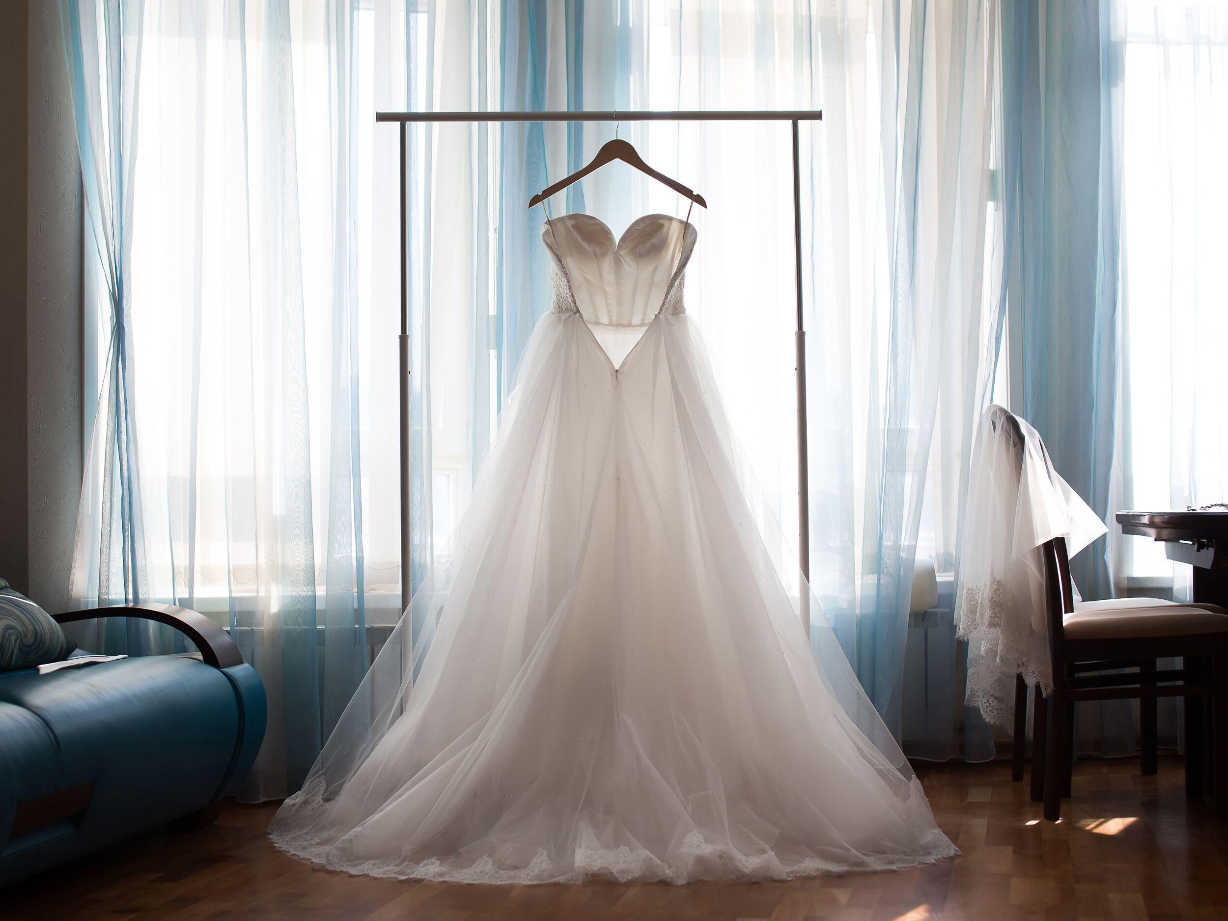 Can I Return My Wedding Dress