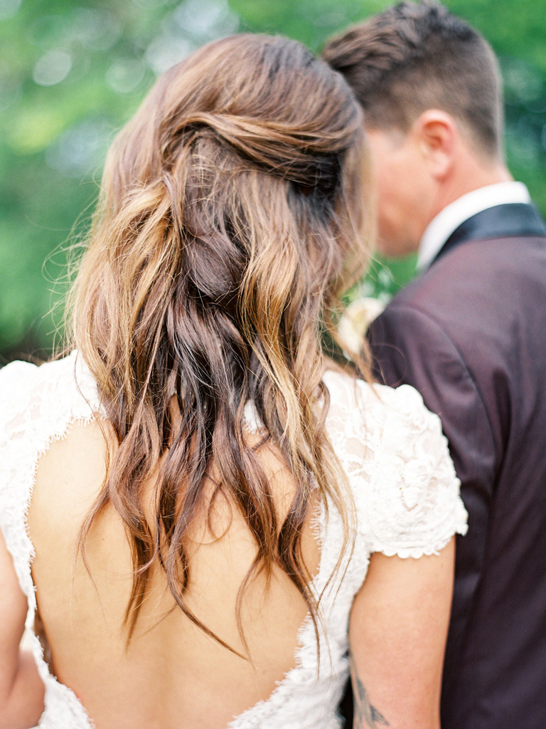 country wedding hairstyles messy half up