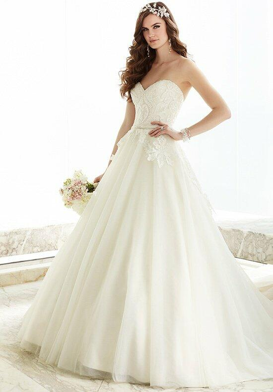 Essense of Australia D1706 Wedding Dress photo