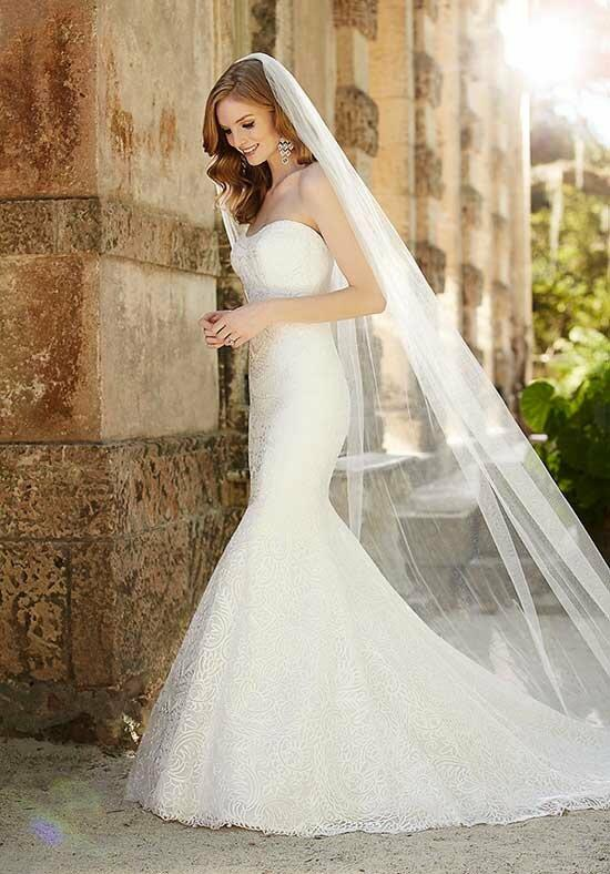 Martina Liana 697 Wedding Dress photo