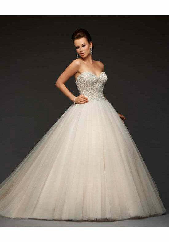 Essence Collection by Bonny Bridal 8409 Wedding Dress photo