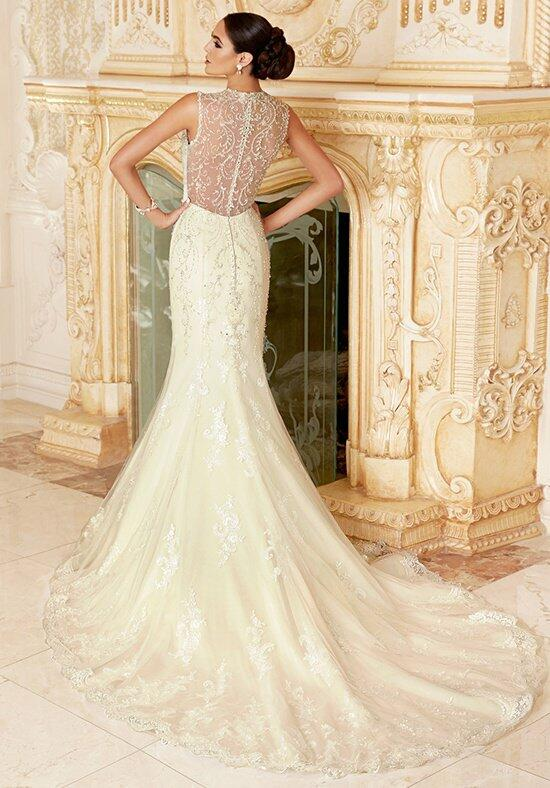 IVOIRE by KITTY CHEN GWENEVERE V1396 Wedding Dress photo