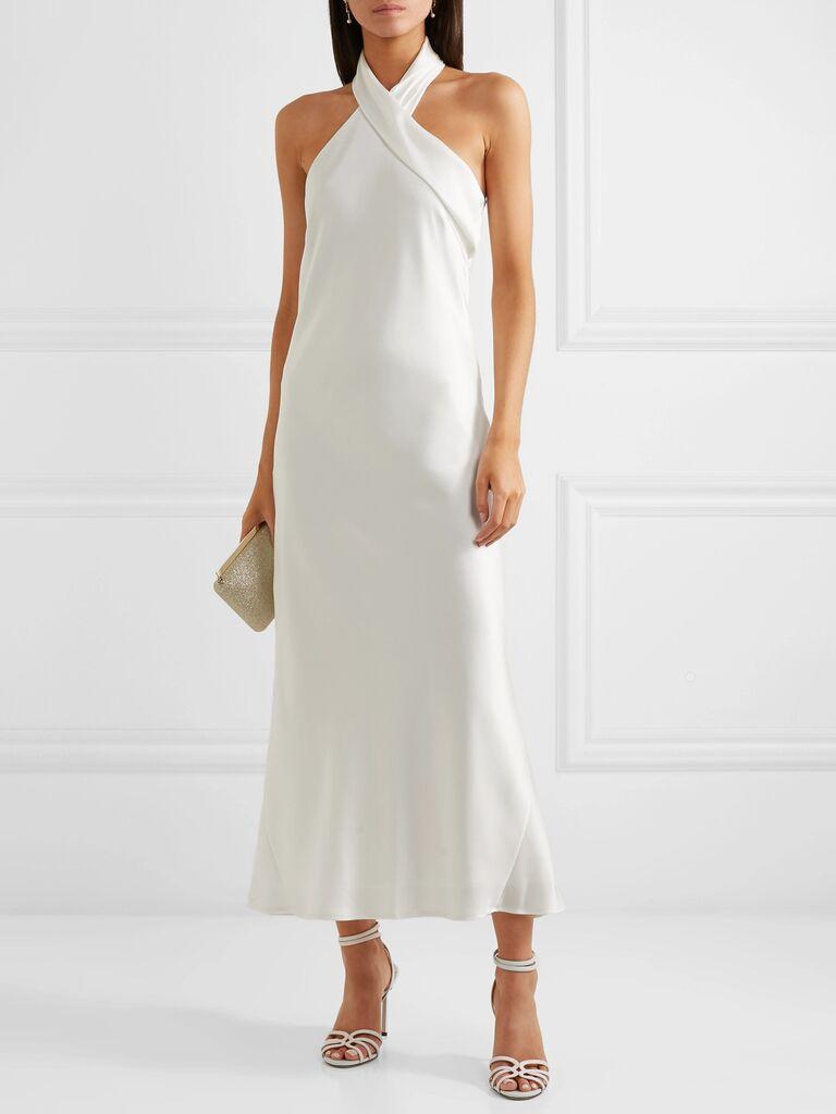 Váy cưới cổ yếm Váy cưới màu trắng