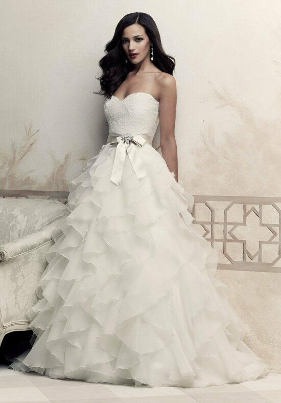 Paloma Blanca 4363 Wedding Dress photo