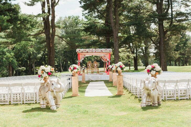 The colorful peach, pink and orange-hued outdoor Hindu ceremony was held at the Deerfield Country Club.