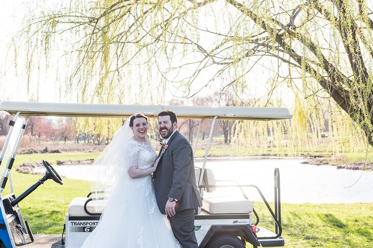 Julia Frieri (27 and a family and adventures coordinator) and Alex Cassisi's (29 and in finance) wedding was all about family and personal traditions.