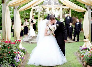 The Bride Kalli Kaudelka, 22, substitute teacher at Elkhart Elementary and full-time student at Stephen F. Austin State University The Groom Ty Kellum