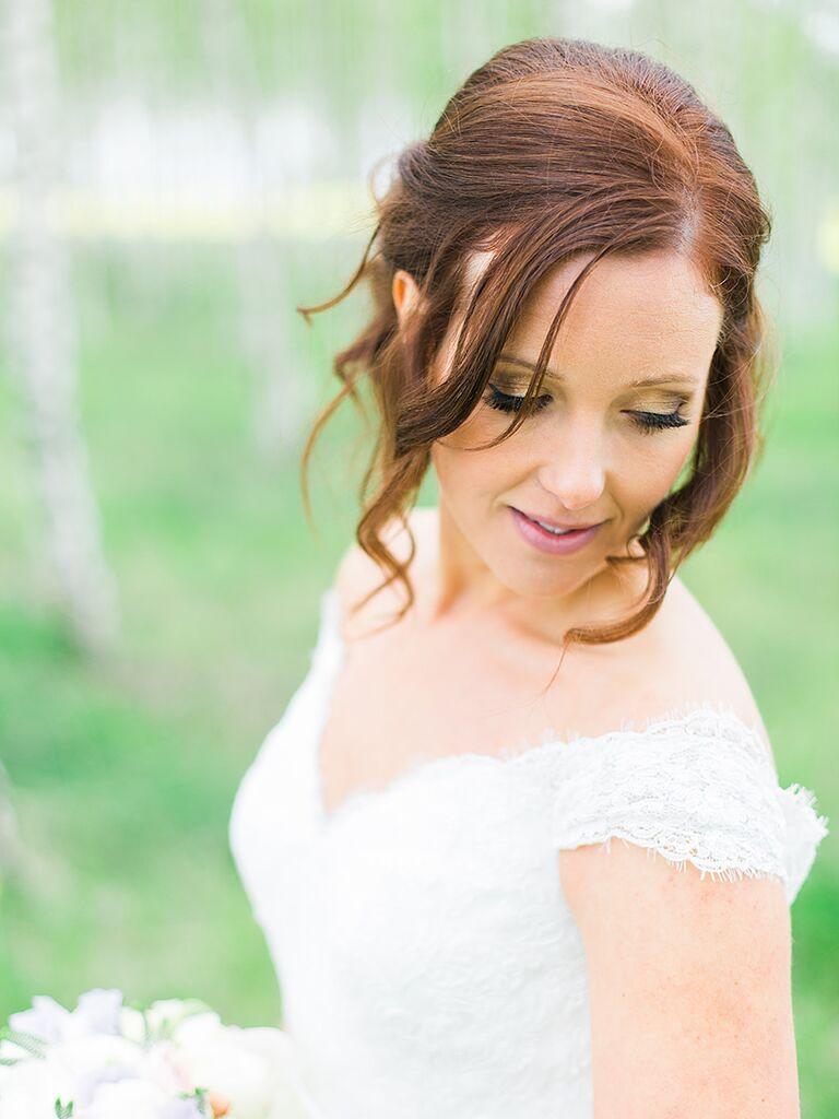 Bold wedding makeup with metallic gold eye shadow