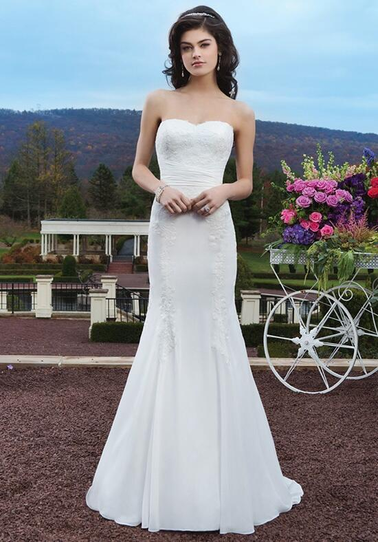 Sincerity Bridal 3806 Wedding Dress photo