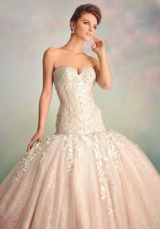 Ysa Makino KYM95 Wedding Dress photo