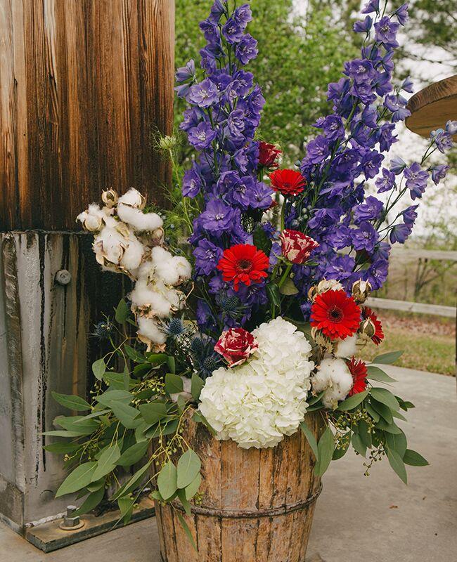 bright eucalyptus ceremony flowers |<img class=