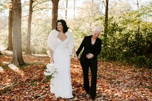 Romantic Fall Wedding at Genitti's Hole in the Wall in Northville, Michigan