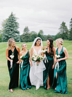 Bridesmaids in Emerald Dresses for Fall Wedding