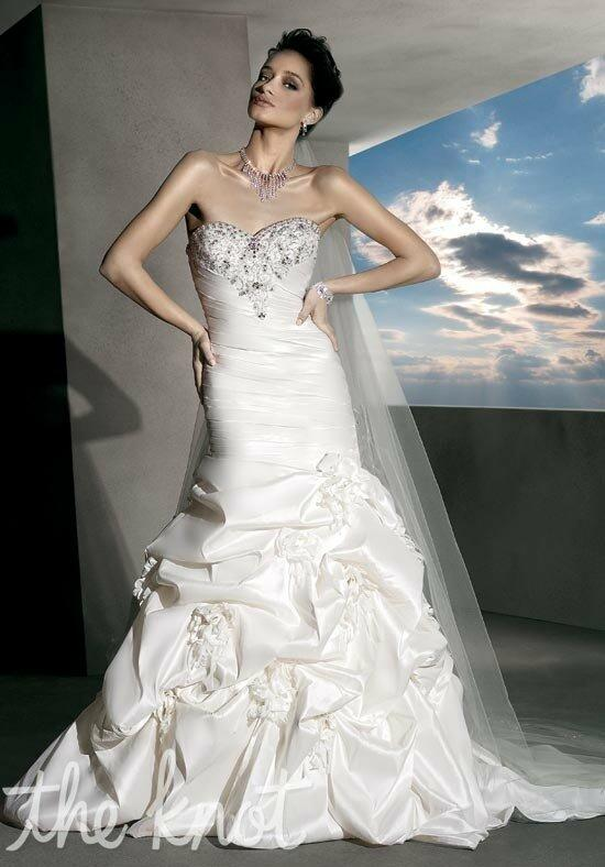Demetrios 4300 Wedding Dress photo