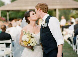 The Bride Sarah Curkan, 26, a third-grade teacher at Baty Elementary School The Groom Lee Carter, 28, an investment associate at Teacher Retirement Sy