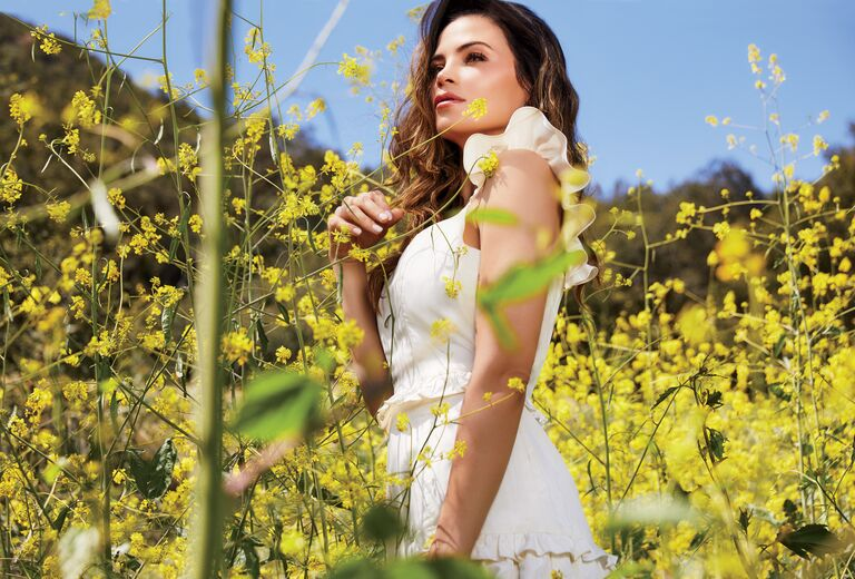 Jenna Dewan's cover shoot with The Knot