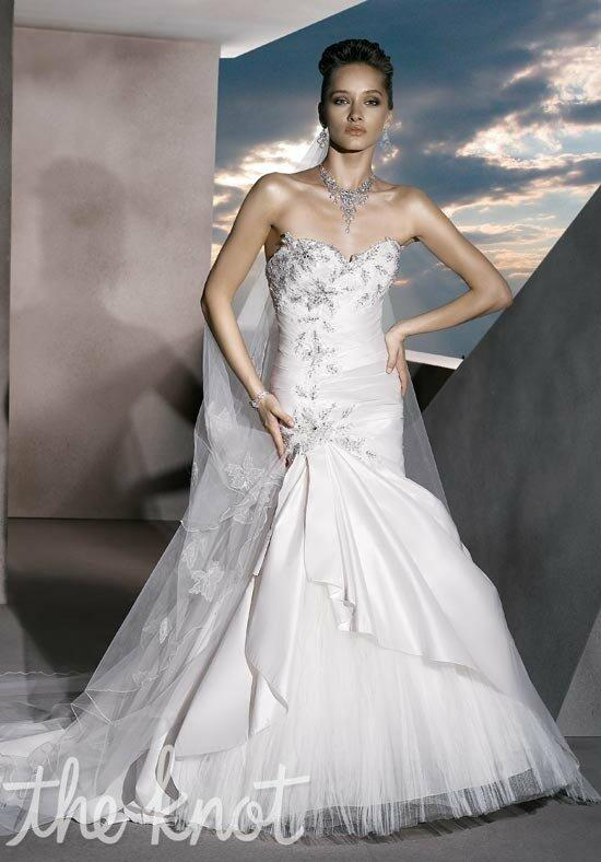 Demetrios 4301 Wedding Dress photo