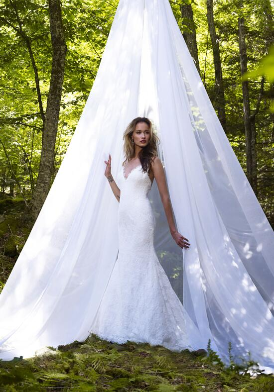 Robert Bullock Bride Jag Wedding Dress photo