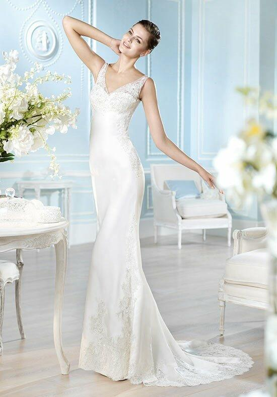 ST. PATRICK Fashion Collection - Haeddo Wedding Dress photo