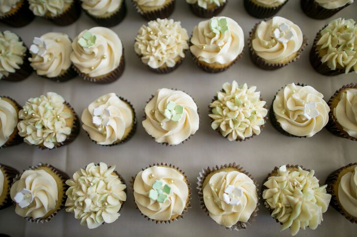 Buttercream Icing, Variety Cupcake Assortment