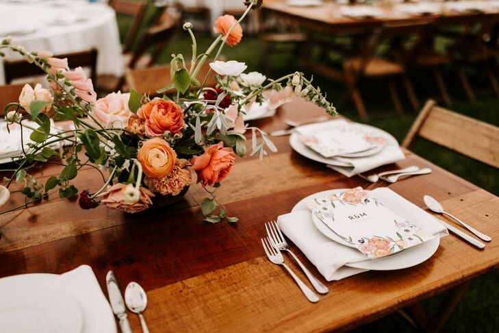 Tablescape at Wedding at Misty Farm in Ann Arbor, Michigan