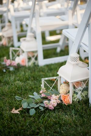White Lantern and Baby Pumpkin Aisle Decor