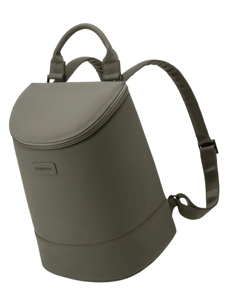 Cooling bucket bag in olive