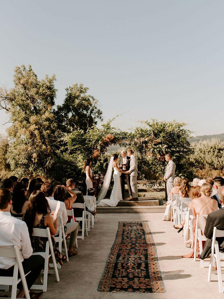outdoor wedding venues farm